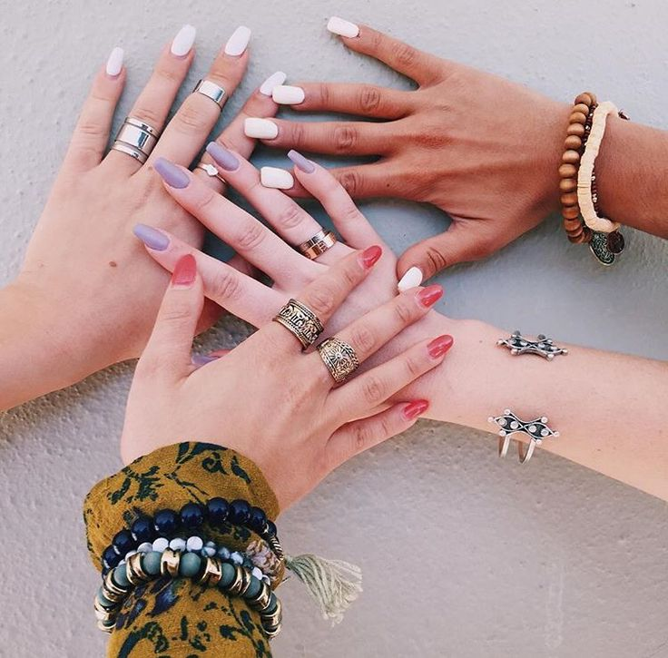 Niki Demar Gabriella Demartino Sierra Furtado Alisha Marie Nails Via Niki Demar Insta Hair And Nails Hand Candy Makeup Nails