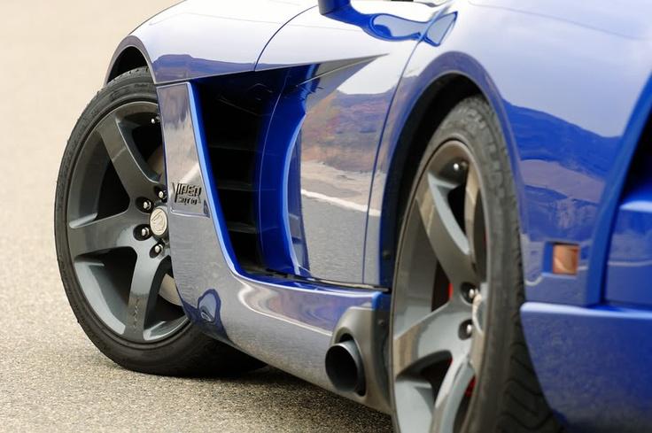 Black wheels - Viper Alley - Dodge Viper Forum -2013 SRT Viper | Cars | Pinterest | Black wheels ...