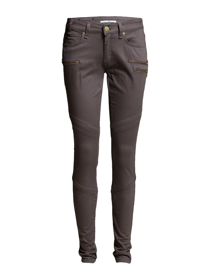 DAY - Day Lark Zip BIker Logo detail Slight stretch Zipper details Belt loops Classic 5 pocket styling Skinny fit Cool Classic Excellent quality and fit