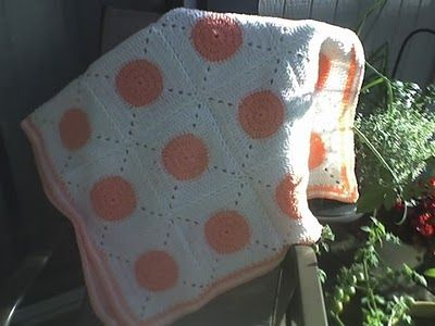 Deb's Crafts: Bouncy Ball Baby Blanket Free Crochet Pattern
