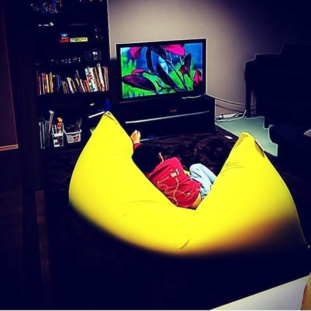 Life With Yogibo S Yogiboのある生活 Yogibo Max Yellow Photo Repost Maitymint 様 Thanks Yogibo Yo ヨギボー インテリアデザイン ヨギボー ソファ
