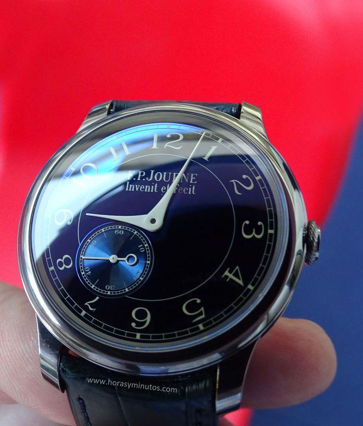 FP Journe Chronomètre Bleu frontal 2