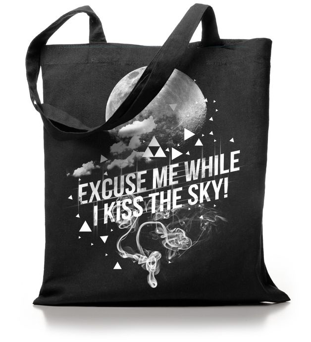 "Jutebeutel mit Spruch ""Excuse me while I kiss the sky"" // totebag with writing by Kane Grey via DaWanda.com"