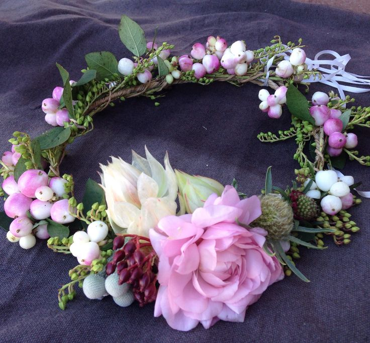 Passion Flowers Design; www.passionflowersdesign.com; Floral Crown, Snowberries, Blushing Bride, Boronia, Scabiosa