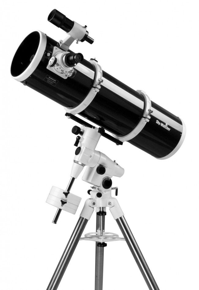 SkyWatcher Black Diamond 200/1000 EQ5 Reflector Telescope