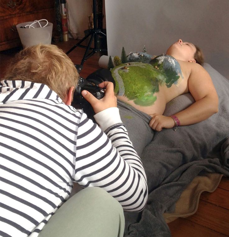 One Dad Created Fun Photos Using His Wife's Pregnant Belly