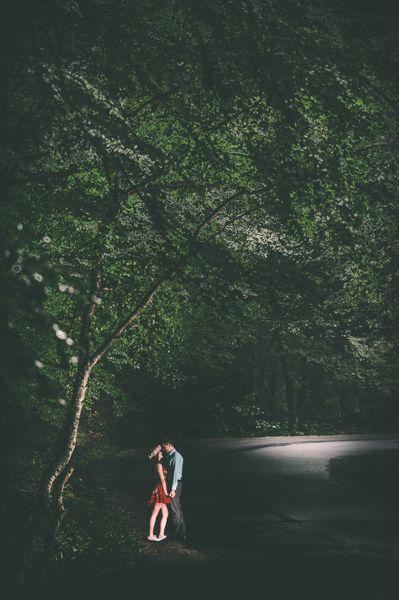 Woodland engagement photo shoot. Just like a fairy tale. // #photography #wedding #engagement #photoshoots #inspiration