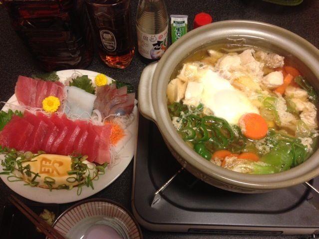 明日は休み❤☺!ゆっくり晩酌 ꒰٩๑˃̶ ᴗ❛ั๑۶꒱ ǂャッホ~イ♬ - 20件のもぐもぐ - 鶏胸肉と水餃子のコンソメスープ鍋、マグロいっぱいお刺身盛り合わせ! ৎ꒰ ¯ิ̑﹃ ¯ิ̑๑꒱ુ ୭✨ by scorpion