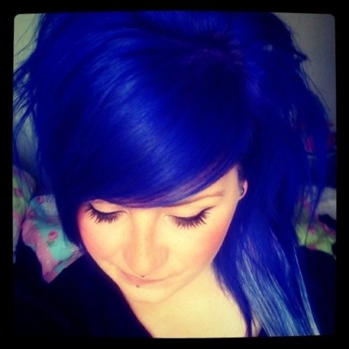 I believe this is Special Effects Blue Velvet which is one of the colors in my hair!
