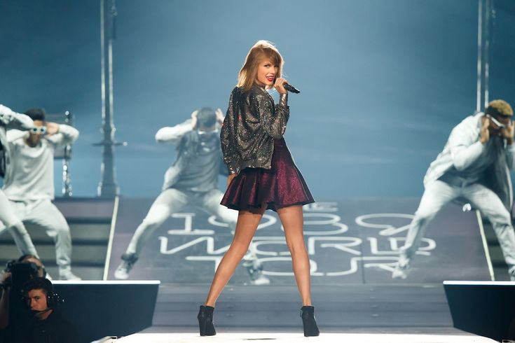 Celebripost: Taylor Swift in concerto al CenturyLink Center di Bossier City, Louisiana, Stati Uniti - Il Post