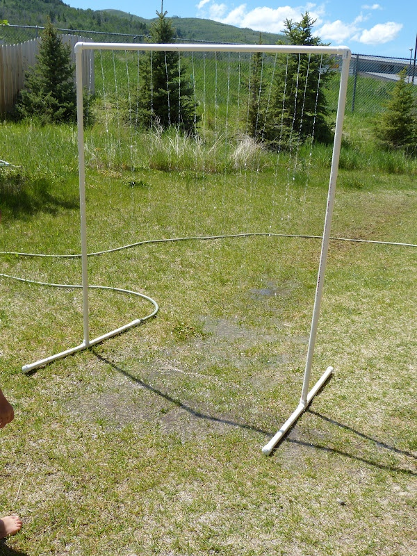 how to make a sprinkler out of pvc pipe