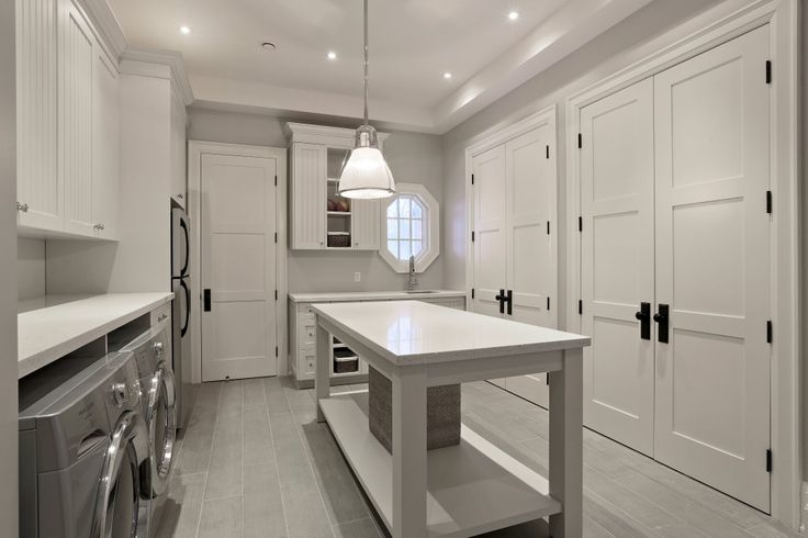 Toronto Kitchen - California Kitchens and Baths