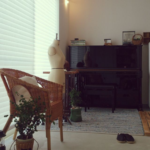 いつも誰が来ても靴どこで脱ぐん??と聞かれる我が家の玄関σ(^_^;)   土間リビング/室内グリーン/トルソー/フィクスベンジャミナ/アンティーク/ピアノ…などのインテリア実例 - 2015-05-25 21:48:05 | RoomClip(ルームクリップ)