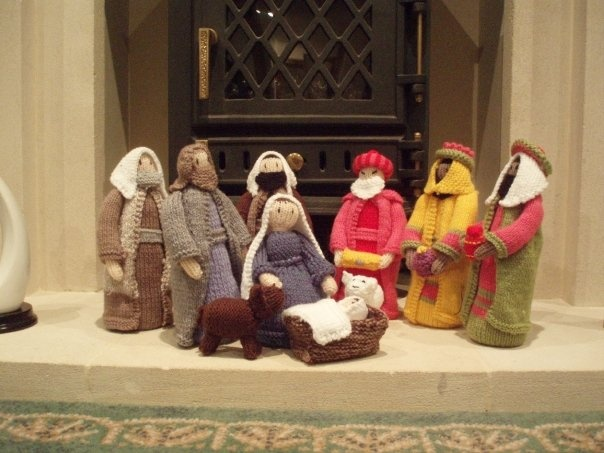 Knitted Nativity Scene - Christmas #craft Entry into the Heals Christmas...