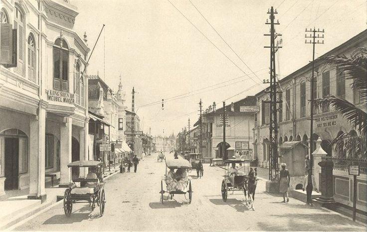 Kesawan, de hoofdstraat van Medan, Sumatra, Indonesië (1898-1915)