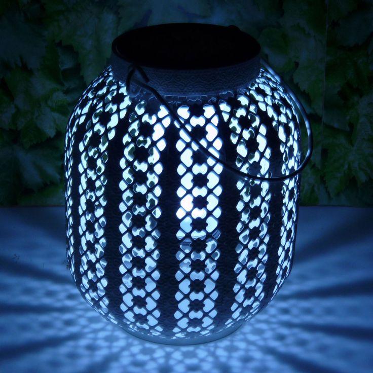 1000 id es propos de lanternes solaires sur pinterest for Lanterne solaire exterieur