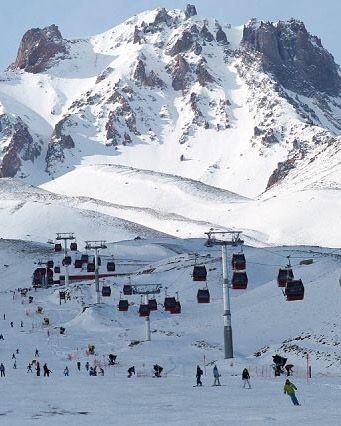 Erciyes dağı kayak merkezi/Kayseri///