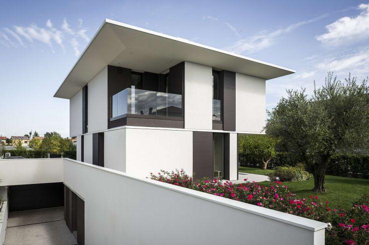 Luigi Orioli, Debora Venturi, Fabio Mantovani · M House
