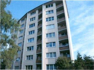 """Арендованная квартира в """"Солнечном городе"""". Кэшбэк по объекту от портала hatka.eu – 5% от стоимости оформления объекта. Услуги по оформлению – 3570€ Wo-4575 Предлагается к продаже 2-комнатная квартира в пригороде Билефельда. Старинный город Билефельд был основан в н�"""