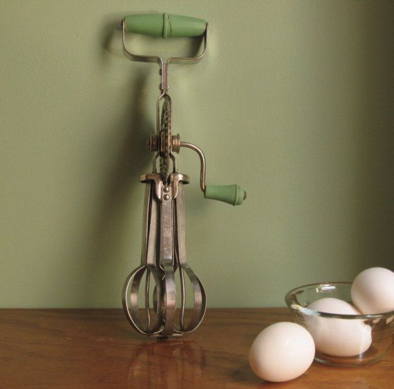Manual Egg Beater With Side Handle Vintage Egg Beater
