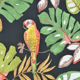 Ayon kommer med ett härligt exotiskt mönster med papegojor på som passar perfekt som ett snyggt kuddfodral.
