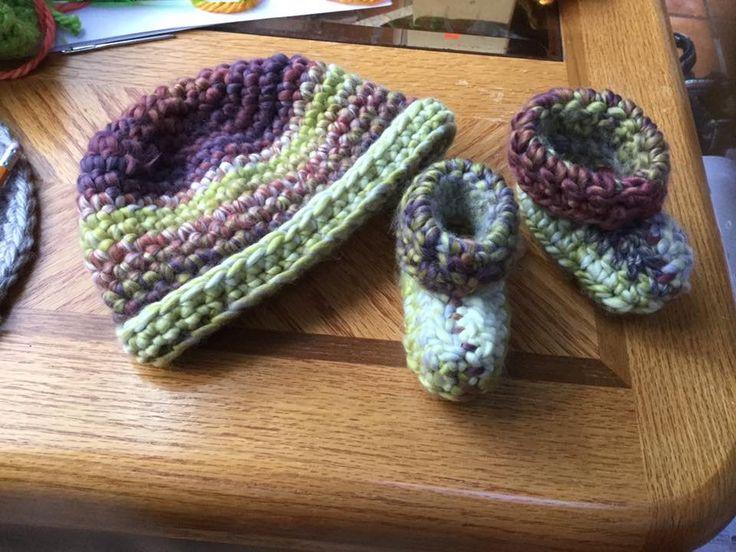 Mejores 27 imágenes de Knit/crochet hats en Pinterest   Gorros ...