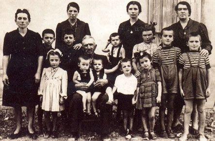 28 dicembre 1943 I fratelli #Cervi fatti prigionieri, vengono fucilati dai fascisti nel poligono di tiro di #ReggioEmilia.