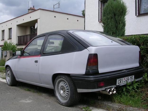 Opel Kadett GSi 20
