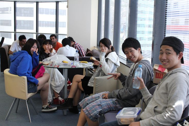 Esol and Diploma students having lunch together