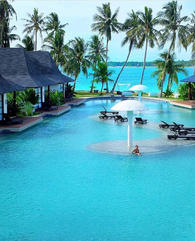 Siargao Island - Philippines  Credits ✨@ninjarod✨ . #beachesnresorts for a feature