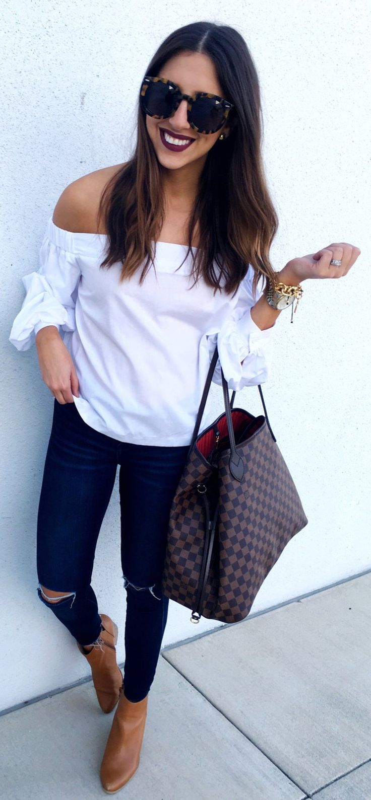 White Off Shoulder Blouse / Navy Skinny Jeans / Brown Leather Booties