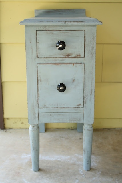 Furniture Painting Series Part 3: Old Fashioned Milk Paint