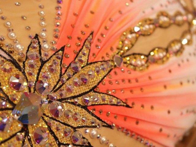 Dégradé orange , strass en cristal