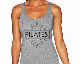 Camiseta de Pilates. Camiseta de Top.Exercise de Pilates. Top de entrenamiento. Camiseta de fitness. Ropa de Pilates. Tapa del tanque de Pilates. Racerback de Pilates. Pilates.
