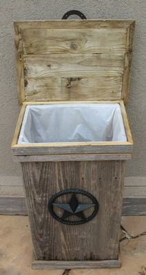 Trash Can Ideas Wooden Kitchen Weathered Wood Wooden Crafts Wood Ideas Pallet Projects Pallet Crafts Outdoor Decor Outdoor Living