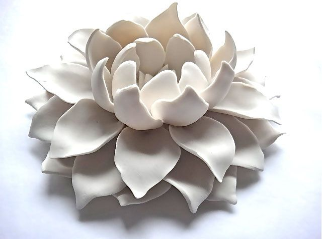 The Stunning Ceramic Art of Syra Gómez