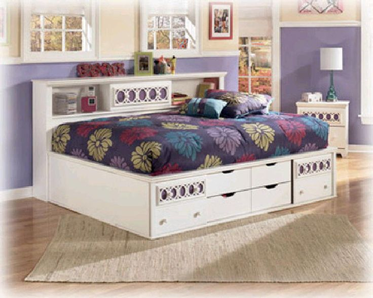 Zayley youth bedroom collection offers an exciting contemporary design that  features the versatility of 9 interchangeable color panels to add you own. Best 25  Ashley furniture financing ideas on Pinterest   Sell used