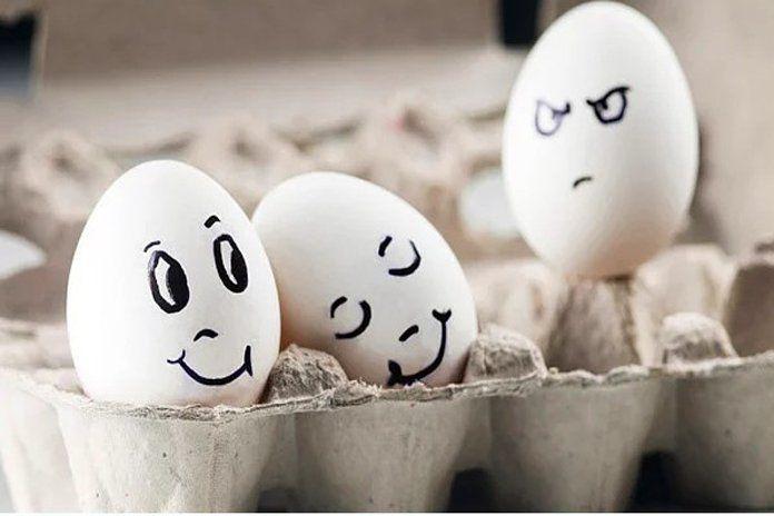 Kıskançlığı nasıl kontrol edersiniz? Kendinizi ve karşınızdaki insanı değerli hissettirin. Değersizleştirme karşılıklı güvensizlik ve kıskançlıkları arttırır.