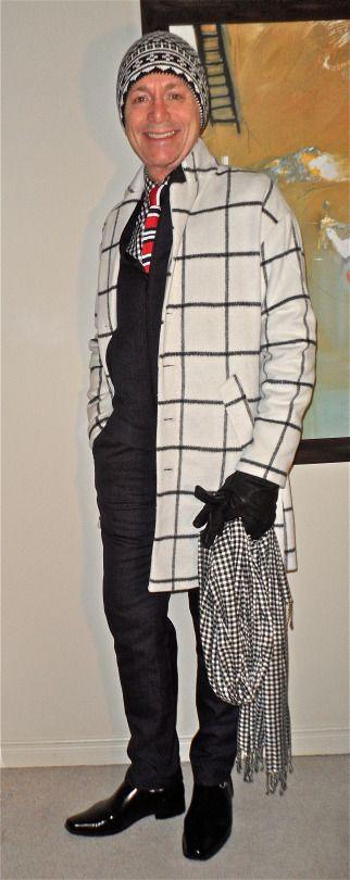 Winter white overcoat, TOPMAN jacket & trousers, Tommy Hilfiger shirt, Sondergaard knit tie, Calvin Klein slip-ons… #TOPMAN #TommyHilfiger #Sondergaard #CalvinKlein #mensfashion #fashion #dandy #dapper #sartorial #sprezzatura #menshoes #mensweardaily #menstyle