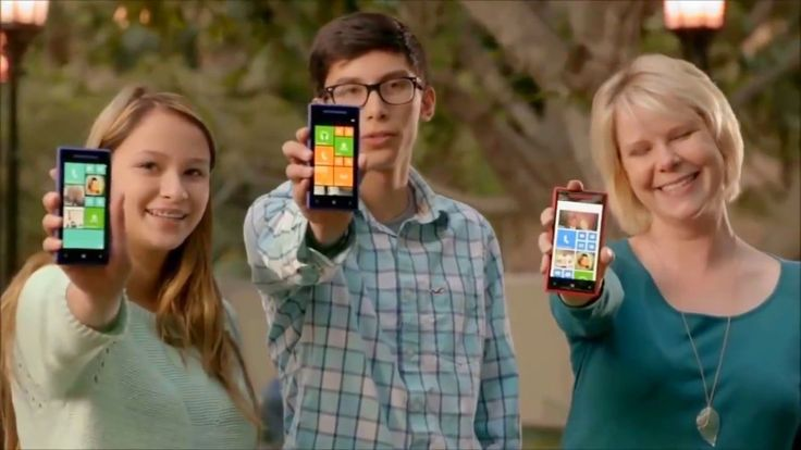 Microsoft make fun of Apple & Samsung's phone (You Will Miss Windows Phone after watch this) - YouTube