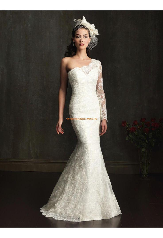 Robe de mariée sirène en dentelle avec une manche longue