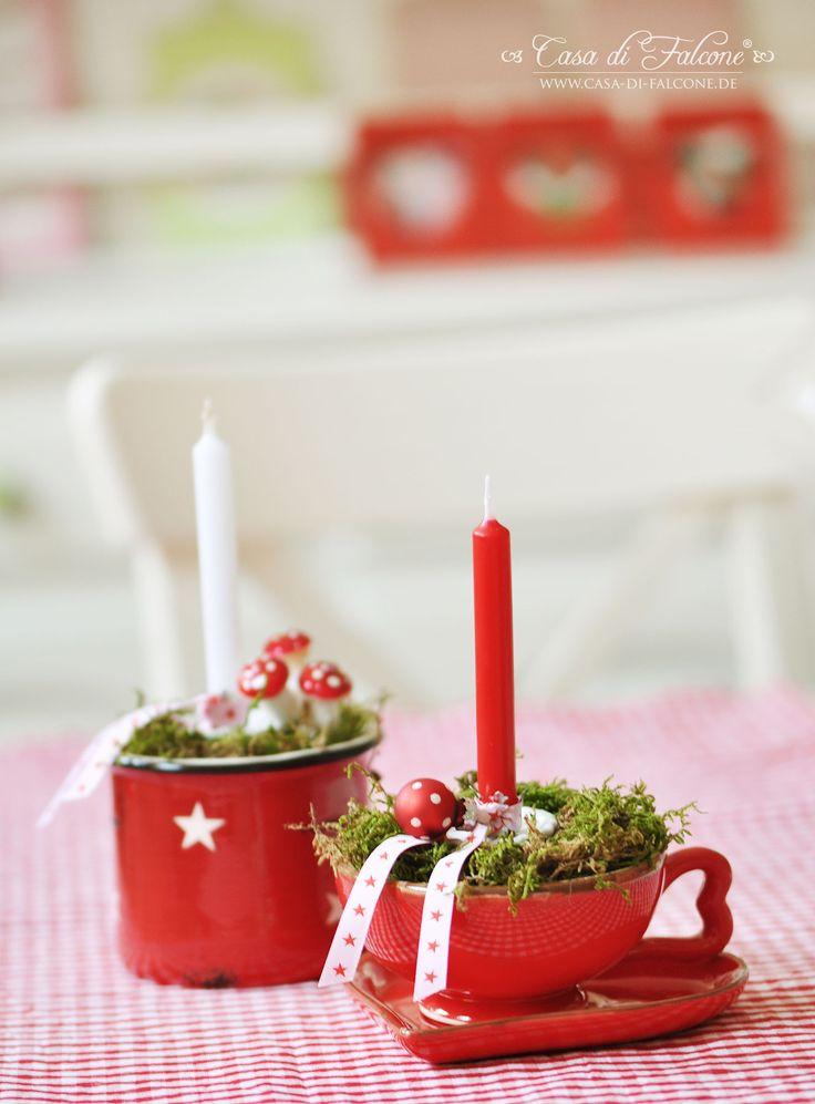 Schöne Tassen zur Weihnachtsdeko umfunktionieren.