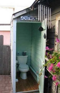 This 1909 Manhattan Beach house  actually had an outhouse until 2008.
