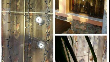 Locuința unui interlop celebru, atacată cu arme de foc! Reacția interlopului
