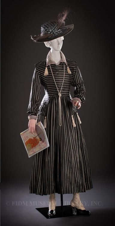 Ensemble 1917 The FIDM Museum - OMG that dress!