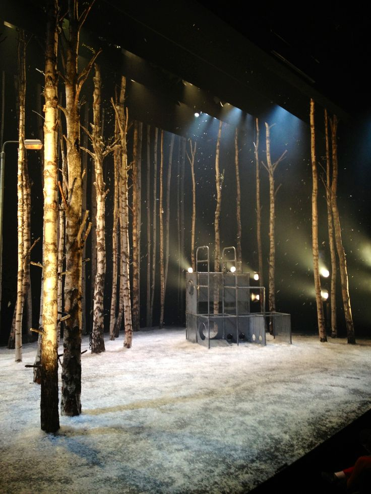 National Theatre of Scotland's production of Let The Right One In. Atmospheric, funny & moving - a fantastic play.