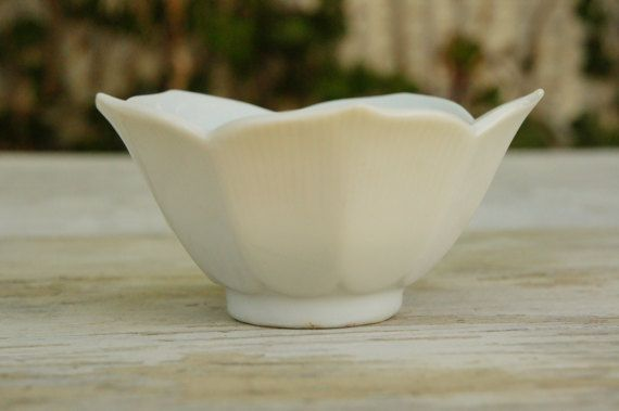 Vintage 70s White Lotus Bowl/Trinket by SycamoreVintage on Etsy