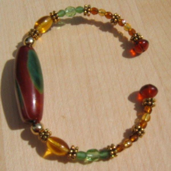 easy memory wire bracelets | Green Stone Memory Wire Bracelet - Beaded Bracelets