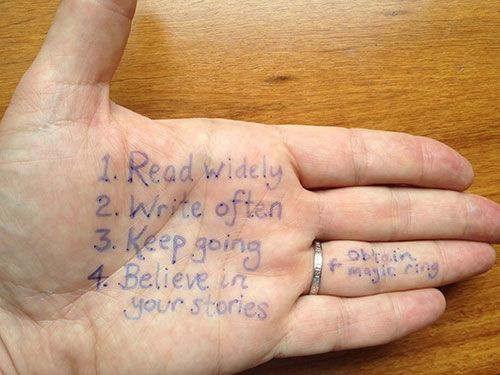 It's not cheating to write this on your hand.Quotes, Hands, Magic Rings, Shared Advice, Garth Nix, 14 Writers, Writers Shared, Writing Advice, Writers Handwriting