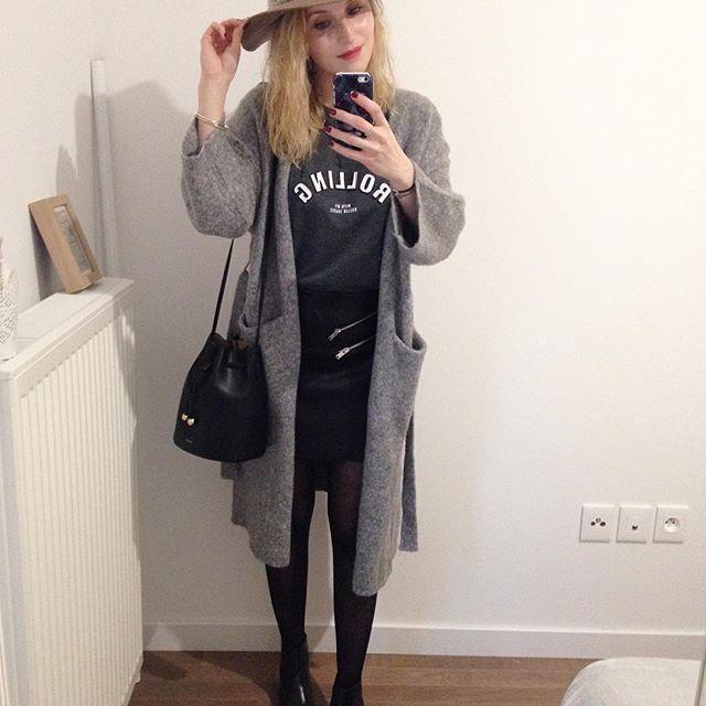 R o c k • Jupe (old) #zara • Tee (newco) #mango • Boots & Gilet #zara • Sac (new) #mango  #ootd #outfit #outfitoftheday  #outfitpost #instamood #instafashion #instalook #fashion #fashionista #fashionblogger #fashiongram #myoutfit #dailylook#igdaily #streetstyle #fblogger #whatiworetoday #me #metoday #instalike #like4like #followme #follow4follow #vsco #vscocam #instadaily  Rock toujours 👍🏻